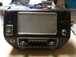 Midget consoel radio