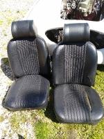 Sièges MGB GT avec appuie-têtes + panneaux latéraux